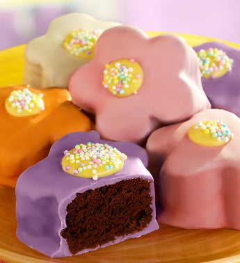 Brownie Blooms Flower-Shaped Mini Brownie Cakes