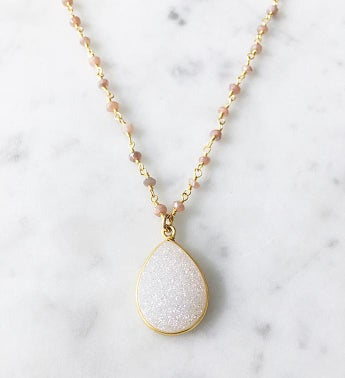 Druzy Necklace Peach Moonstone Chain