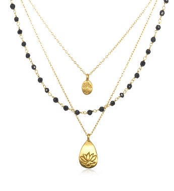 Onyx Gold Lotus Tree Triple Chain Necklace (18-inch)