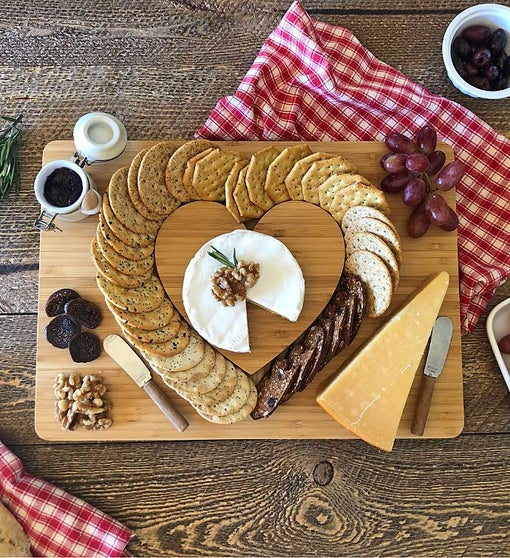 "I ""Heart"" Cheese & Cracker Serving Board"