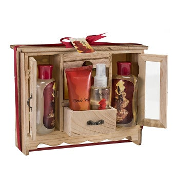French Vanilla Spa Gift Set in Natural Wood Curio